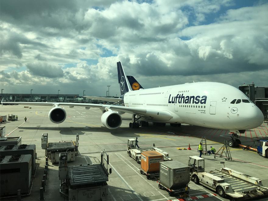 PAYBACK Punkte in Lufthansa Miles & More Meilen umwandeln